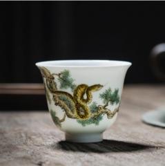 十二生肖-粉彩金蛇献瑞杯