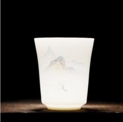薄胎远山—松手绘瓷器单杯